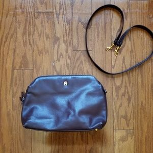 The perfect crossbody purse!!!